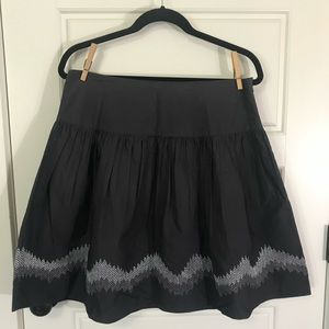Grey skirt with silver embroidery